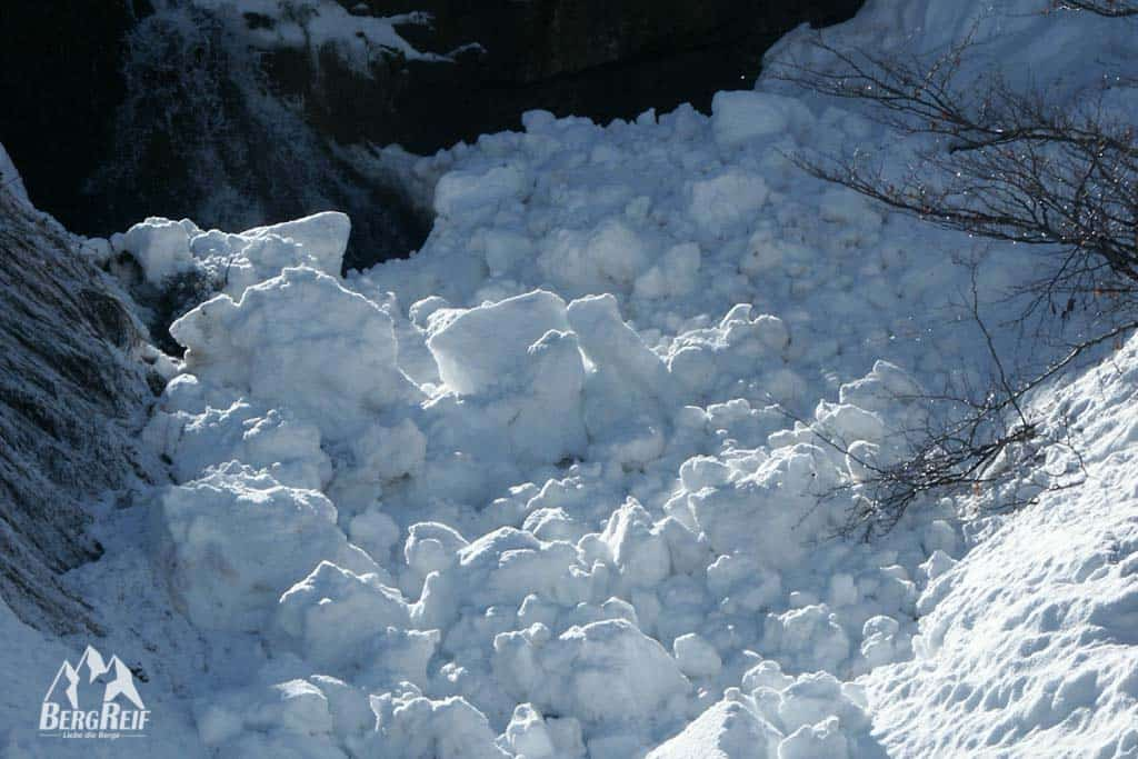 Schneebrettlawine Lawine Outdoor Blog BergReif