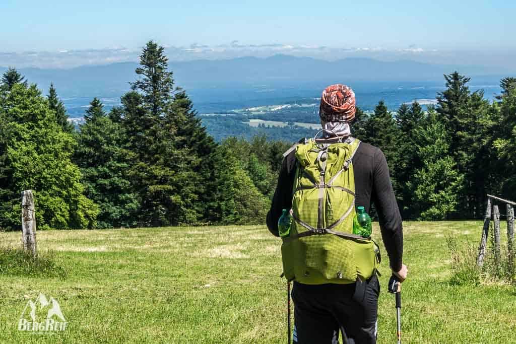 Im Jura wandern Drei Seen Land